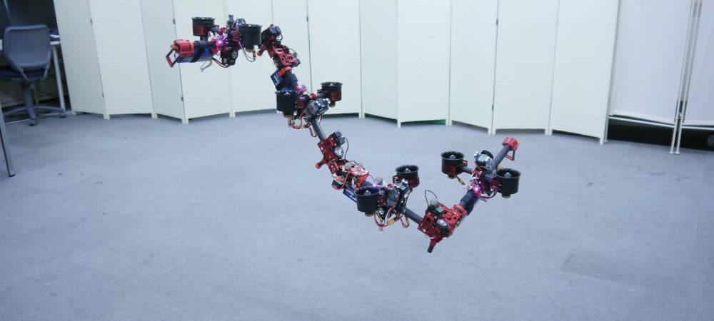 Die Drachen-Drohne DRAGON von Moju Zhao und Kollegen entwickelt. Der mehrgliedrige Flug-Roboter ist auch als menschlicher Arm gedacht.