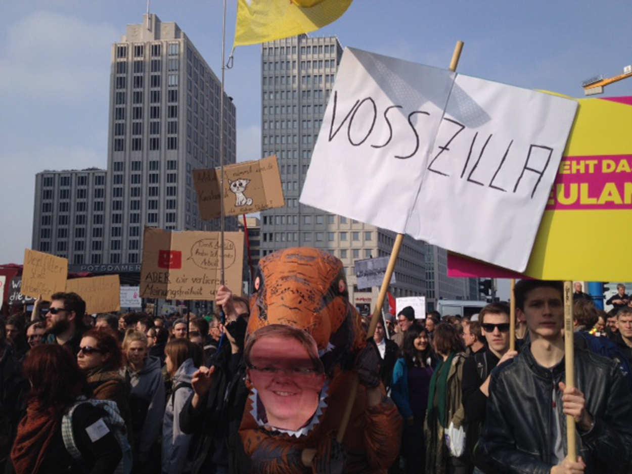 Vosszilla auf der Demonstration gegen Uploadfilter am 23.3.2019 in Berlin.