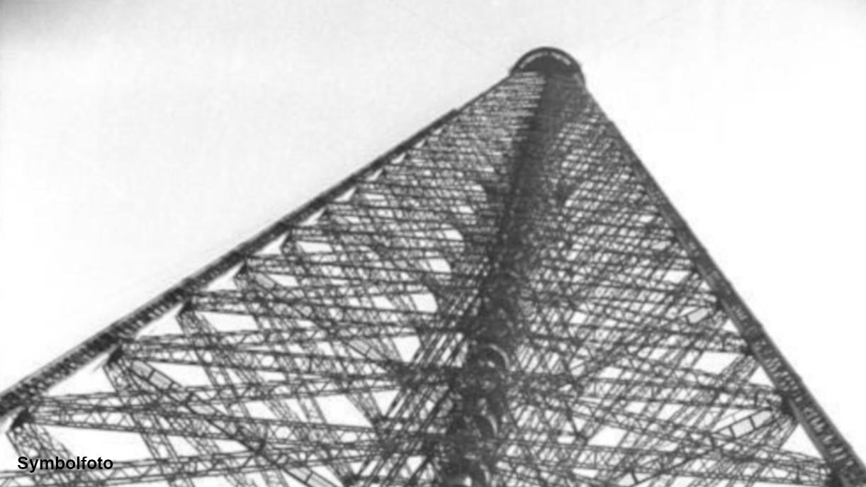 Antenne einer Sendeanlage in Königs Wusterhausen.