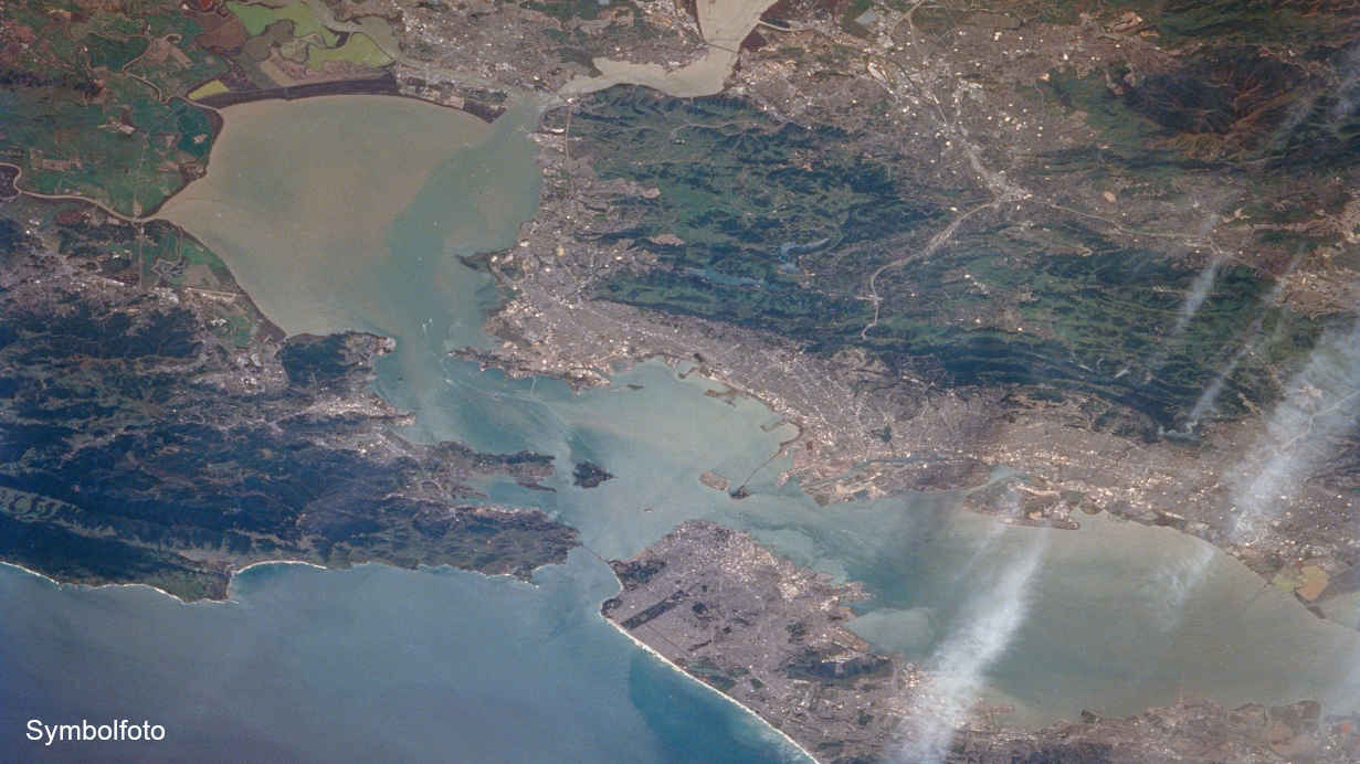 San Francisco Bay Area von oben aufgenommen.