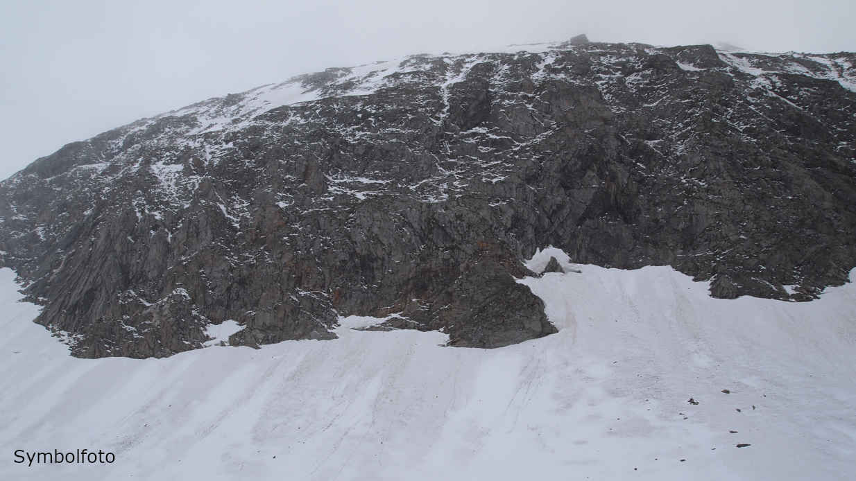 Schnee in den Schweizer Alpen